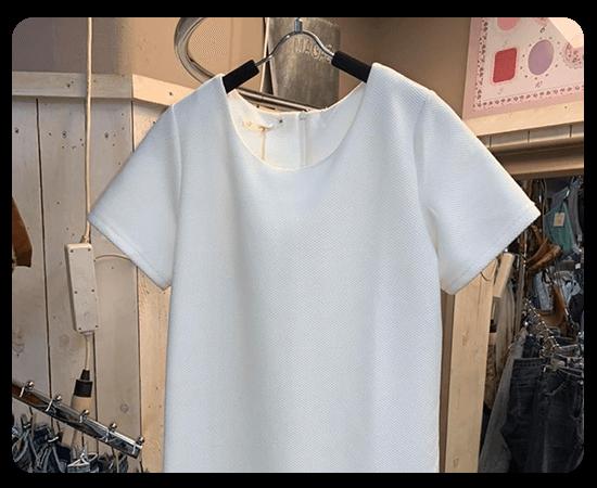 boutique-en-ligne-t-shirt-accessoires-femmes-boutique-magasin-de-vetements-arrosoir-Biesme